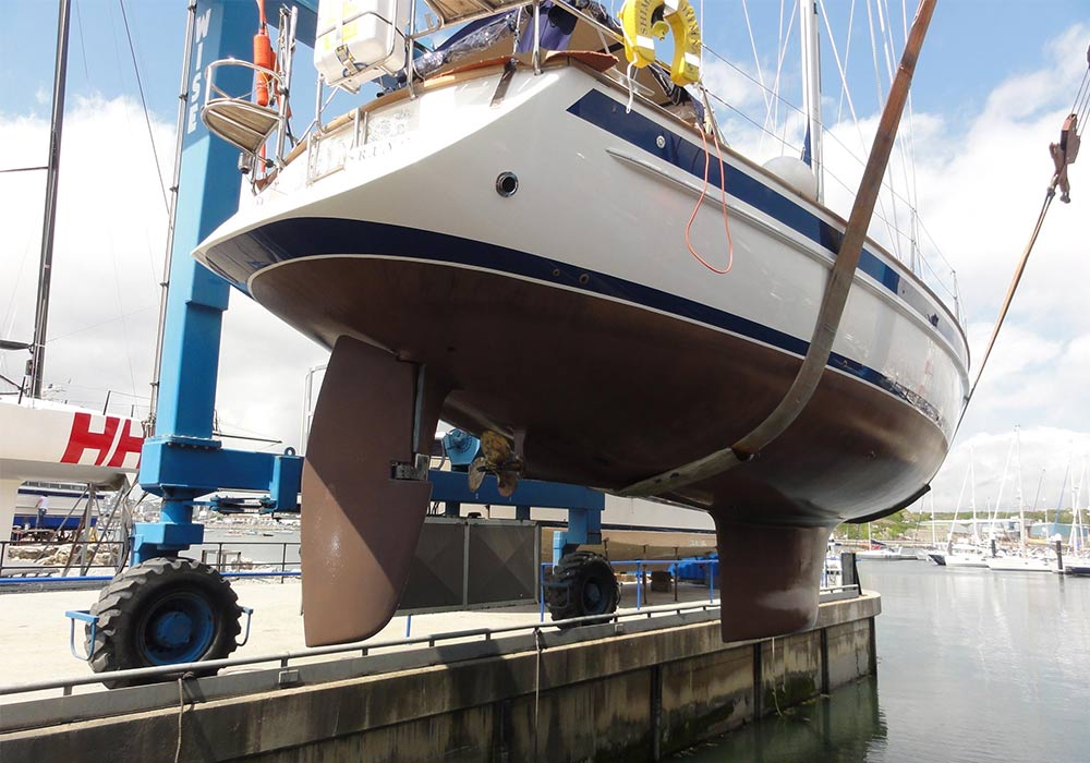 malo boat sea dock lifting recent project all boat services latest works