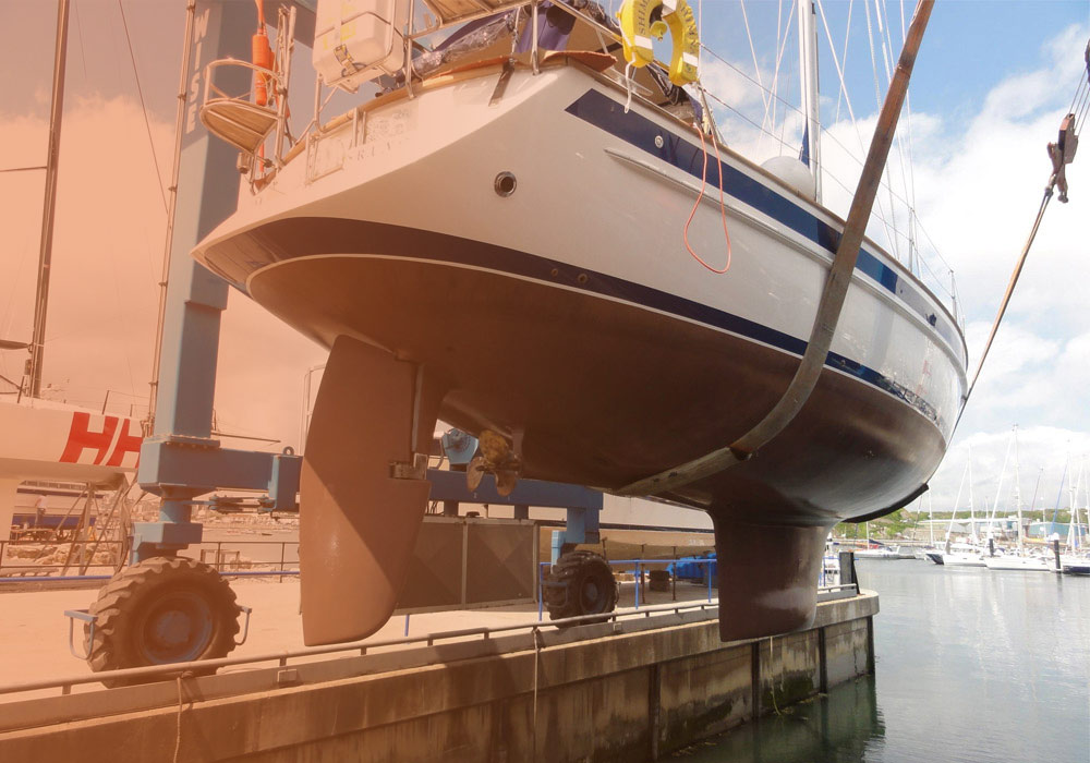 maintenance and repairs boat owners refurbishments